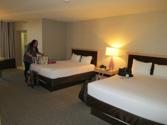 Xenia doing something productive (unpacking) while I just take pictures. - The Plaza LV