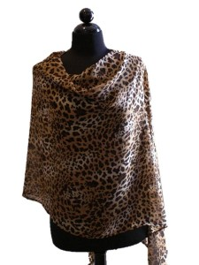 cover_my_heart_leopard_nursingscarf