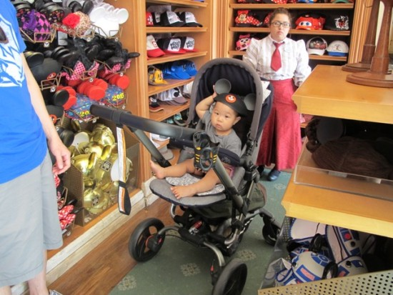 jane stroller review disneyland mickey hat