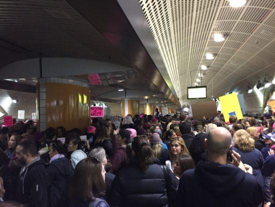 womens-march-la-metro-station
