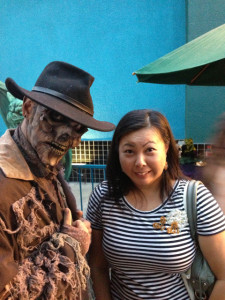I gathered up my ovaries and struck a pose next to him. - Knotts Scary Farm preview
